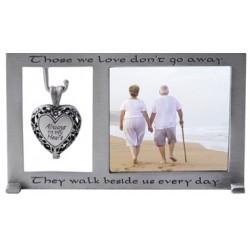 Frame-Memorial w/Heart...